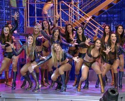 Faustão dancers